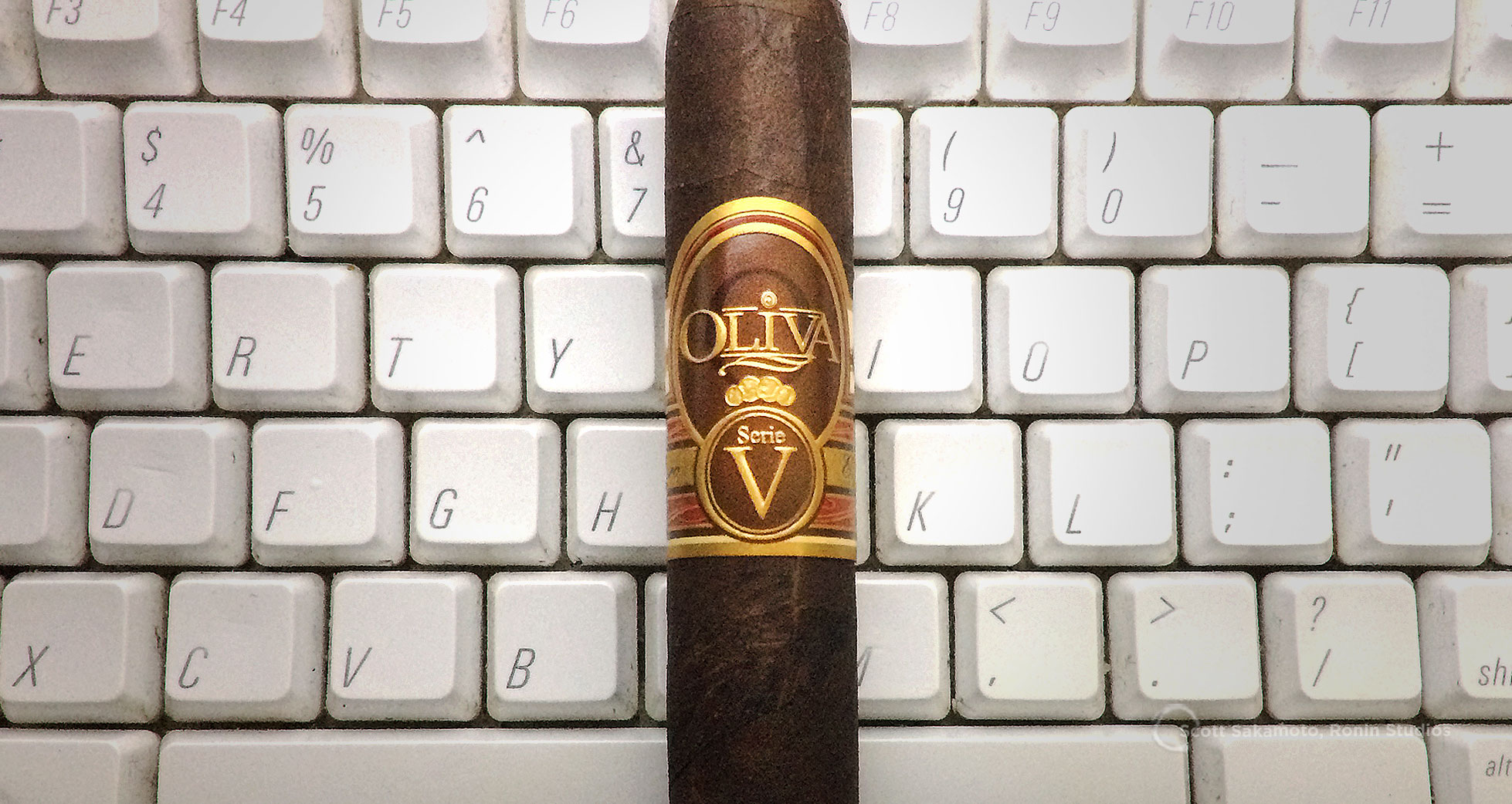 Corona, Ecuadorian Habano Sun Grown, No. 4, Oliva, Oliva Cigar, Serie V